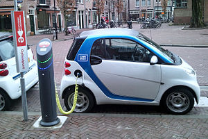 Electric car charging Amsterdam (2).jpg
