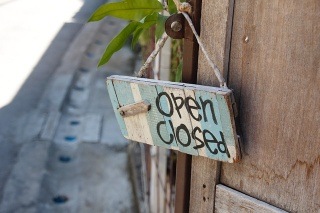 Wooden-open-closed-sign.jpg