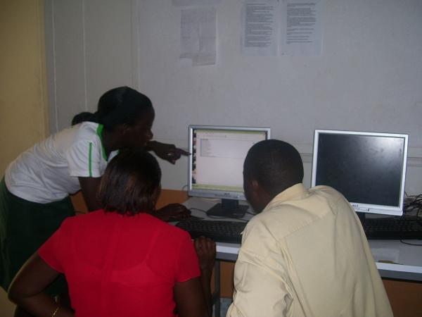 Students training the primary school teachers