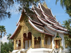 Image: Buddhist temple at Royal Palace in Luong, Prabang