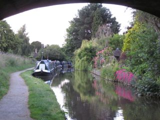 NarrowboatPicture2.jpg