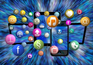 Social-media-devices.jpg