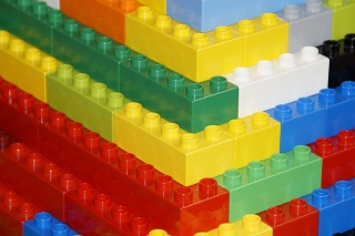 Duplo-building-blocks.jpg