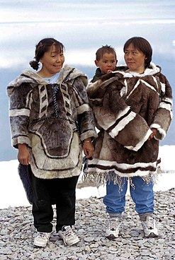 Picture: Inuit women